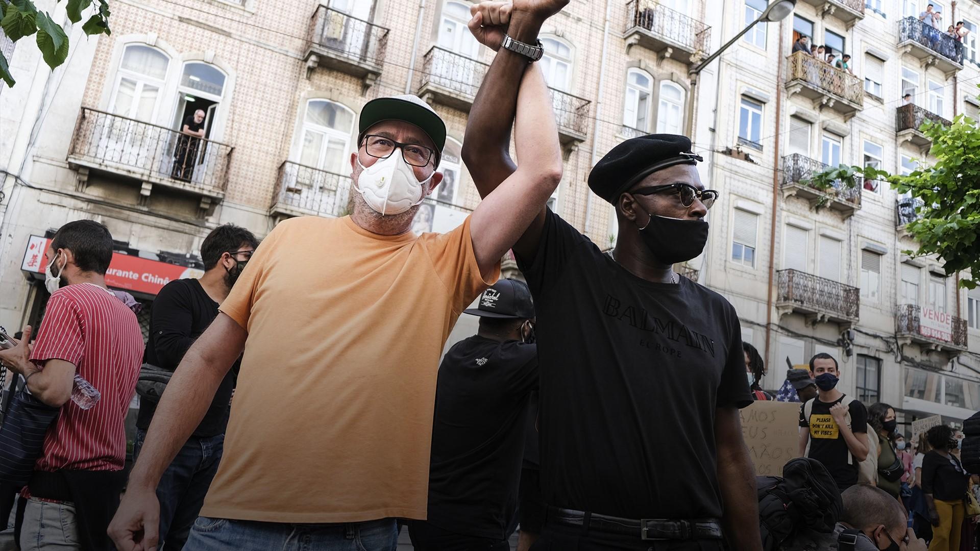 Manifestação contra o racismo junta milhares de pessoas em Lisboa