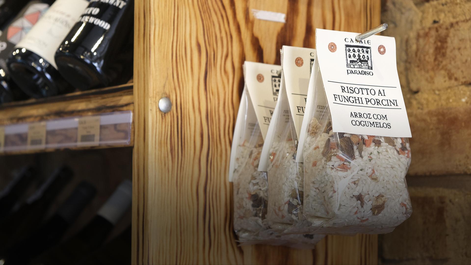 Domitília: a nova mercearia de bairro em Lisboa onde encontra tudo o que precisa